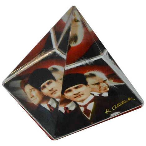 Atatürk Temalı Piramit Kağıt Ağırlığı 5 cm
