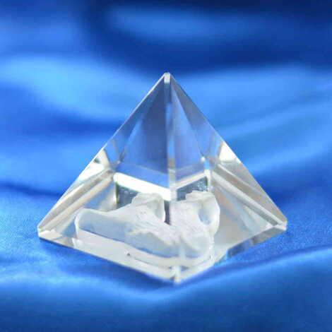 Kristal Piramit Biblo